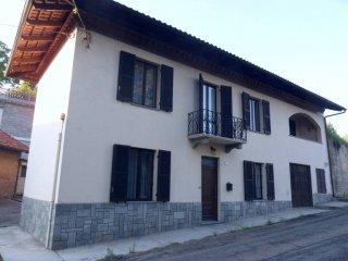 Foto 1 di Villa via Solforosa, Montafia