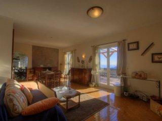 Foto 1 di Appartamento via Melogno, 6, Magliolo