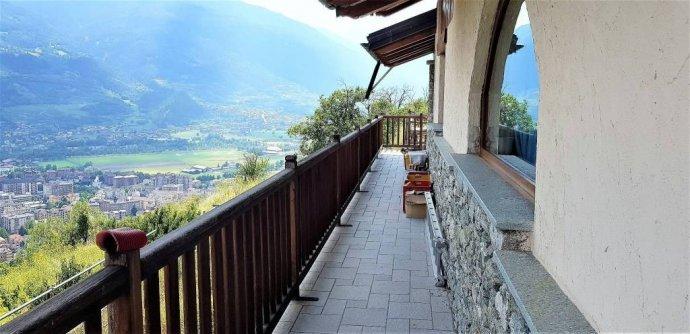 Foto 4 di Villa Regione Champailler 22, Aosta