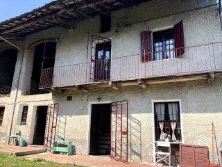 Foto 1 di Rustico / Casale via Nazionale 32, Roccasparvera