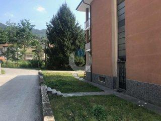 Foto 1 di Bilocale via Mattalia, Villar Perosa