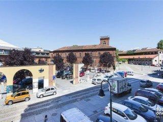Foto 1 di Trilocale via Borgo Dora, 34, Torino (zona Valdocco, Aurora)