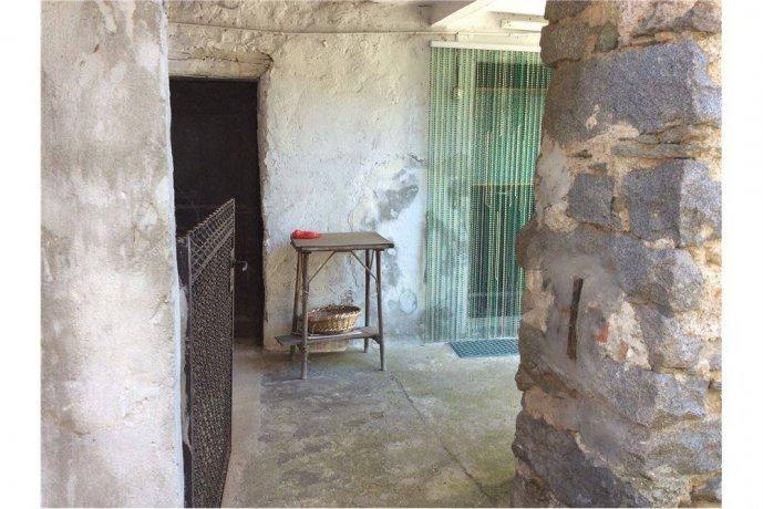 Foto 7 di Rustico / Casale frazione Favaro, Biella