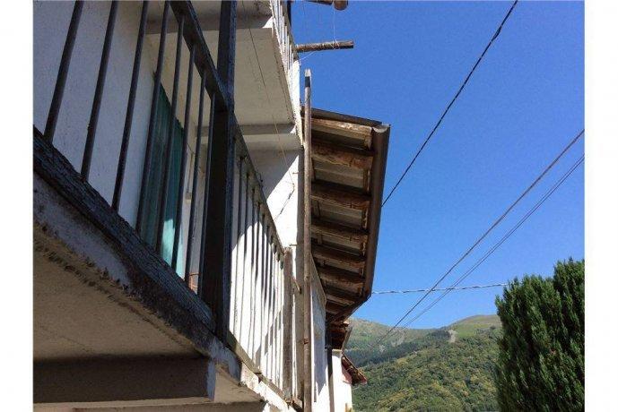 Foto 9 di Rustico / Casale frazione Favaro, Biella