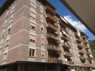 Foto 1 di Quadrilocale via Cesare Battisti 12, Aosta