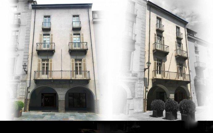 Foto 2 di Trilocale via Roma, Cuneo