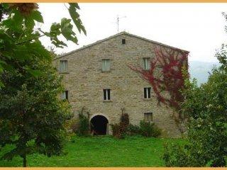 Foto 1 di Rustico / Casale via Cà Lillina, frazione Castello Della Pieve, Mercatello Sul Metauro
