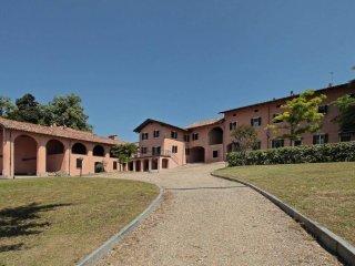 Foto 1 di Palazzo / Stabile via Nuova 25, frazione Cardona, Alfiano Natta