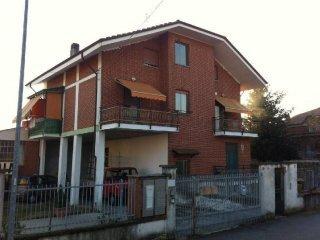 Foto 1 di Trilocale via Pinerolo, Frossasco