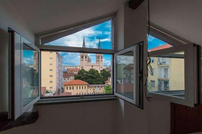 Foto 1 di Quadrilocale Torino (zona San Salvario)