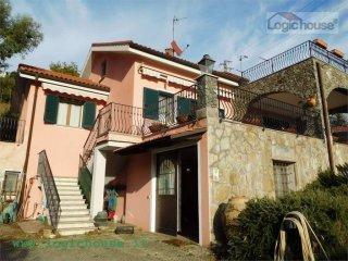 Foto 1 di Villa via Molinero, Savona
