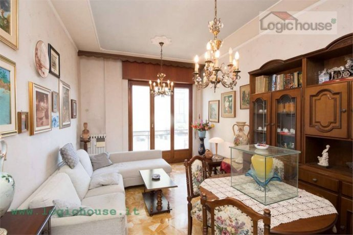 Foto 7 di Appartamento via Chiabrera, 23, Savona