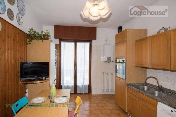 Foto 10 di Appartamento via Chiabrera, 23, Savona