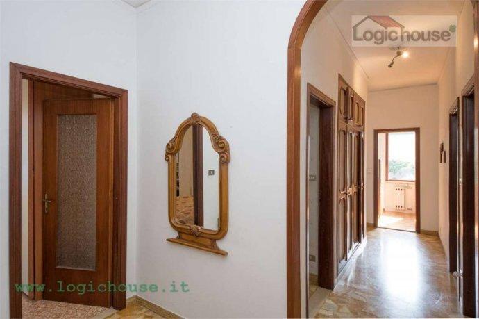 Foto 12 di Appartamento via Chiabrera, 23, Savona