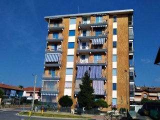 Foto 1 di Trilocale via San Francesco al Campo 32, Leinì