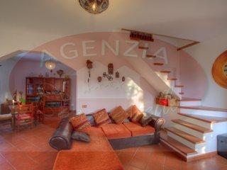 Foto 1 di Villa loc.Pineta, Pontinvrea