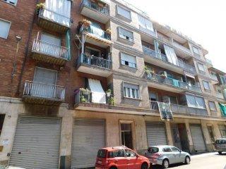 Foto 1 di Bilocale via Cuneo 12, Torino (zona Valdocco, Aurora)