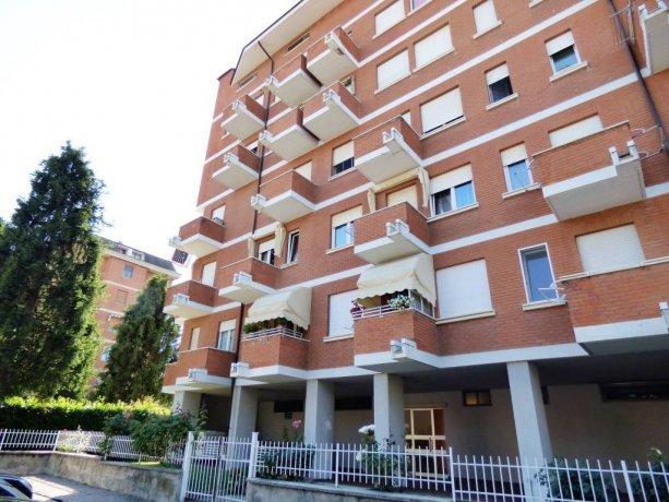 Cuneo, Donatello, appartamento soleggiatissimo con 3 arie via Madonna del Colletto 14