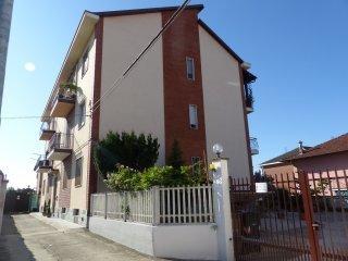 Foto 1 di Quadrilocale Villastellone