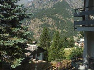 Foto 1 di Villa Frazione Bringaz 65, frazione Bringaz, Valtournenche
