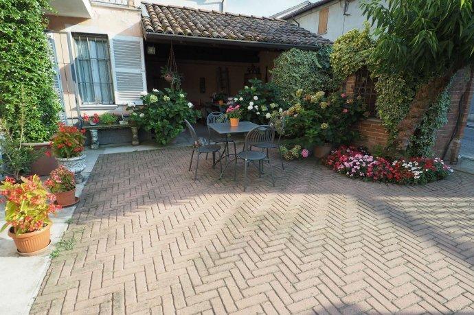 Foto 5 di Appartamento via Santa Maria 14, Ozzano Monferrato