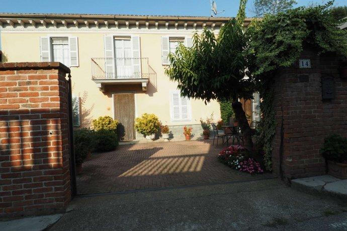 Foto 15 di Appartamento via Santa Maria 14, Ozzano Monferrato