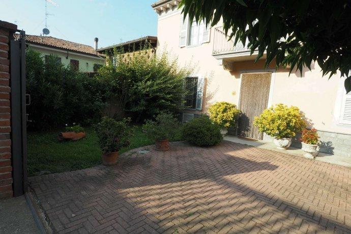 Foto 16 di Appartamento via Santa Maria 14, Ozzano Monferrato