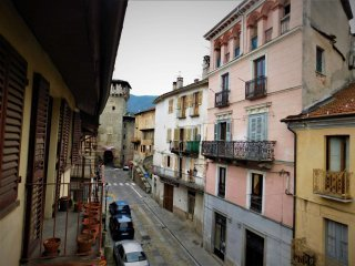 Foto 1 di Quadrilocale via Tagna, Lanzo Torinese