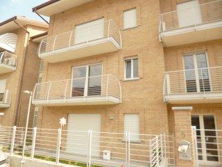 Foto 1 di Appartamento Via Giuseppe Verdi, 1, Revello