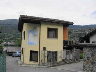 Foto 1 di Casa indipendente Chambave
