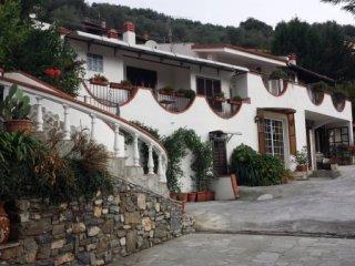 Foto 1 di Villa Stellanello