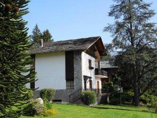 Foto 1 di Villa Roisan