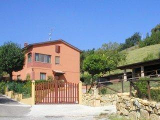 Foto 1 di Rustico / Casale Via Giardini Sud 19, Serramazzoni