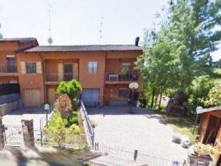 Foto 1 di Villetta a schiera Serramazzoni