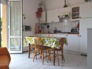 Foto 1 di Bilocale via Donatello, Albenga