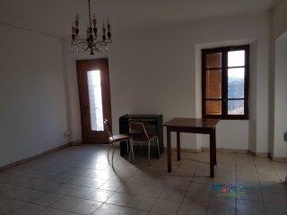 Foto 1 di Appartamento Borgofranco D'ivrea