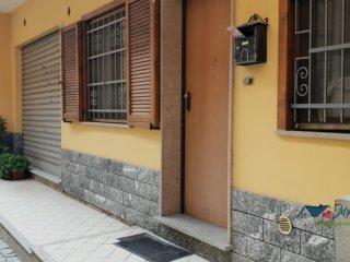 Foto 1 di Porzione di casa Banchette