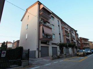 Foto 1 di Appartamento via Campania 16, Rimini