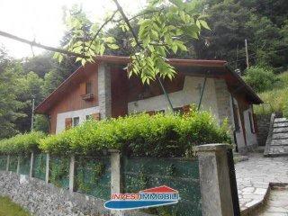 Foto 1 di Villa Frazione Molette 5, frazione Molette, Balme