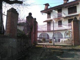 Foto 1 di Villa Acqui Terme