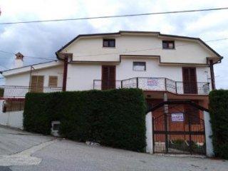 Foto 1 di Villa via san rocco, Aprigliano