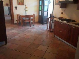 Foto 1 di Villa Località Colombari, Ciriè