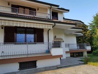 Foto 1 di Villa via Cappa, Cuneo