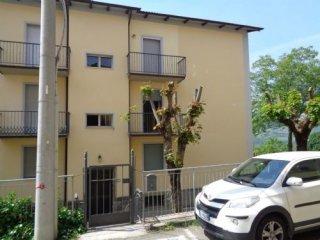 Foto 1 di Appartamento Via Tassoni, Polinago