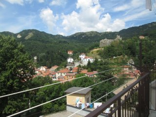 Foto 1 di Appartamento Via Bobbio, Torriglia