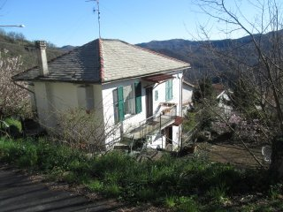 Foto 1 di Casa indipendente loc.Tasso Alta, Lumarzo