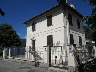 Foto 1 di Casa indipendente Piazza 2 Giugno, Ronco Scrivia