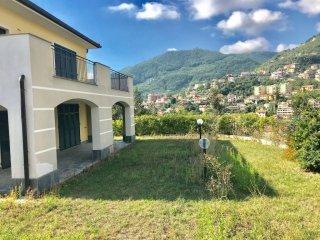 Foto 1 di Attico / Mansarda via Struppa, Genova (zona Valbisagno (Prato-Molassana-Struppa-S.Gottardo-S.Eusebio))