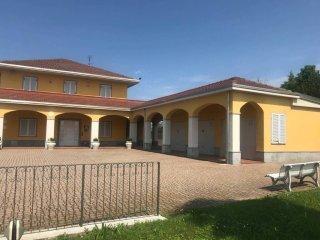 Foto 1 di Villa via Monte Bertola 8, Govone