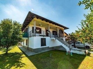 Foto 1 di Villa fraz.Foresto, Cavallermaggiore